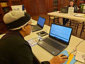 learning-lounge-laptop-user-300x225